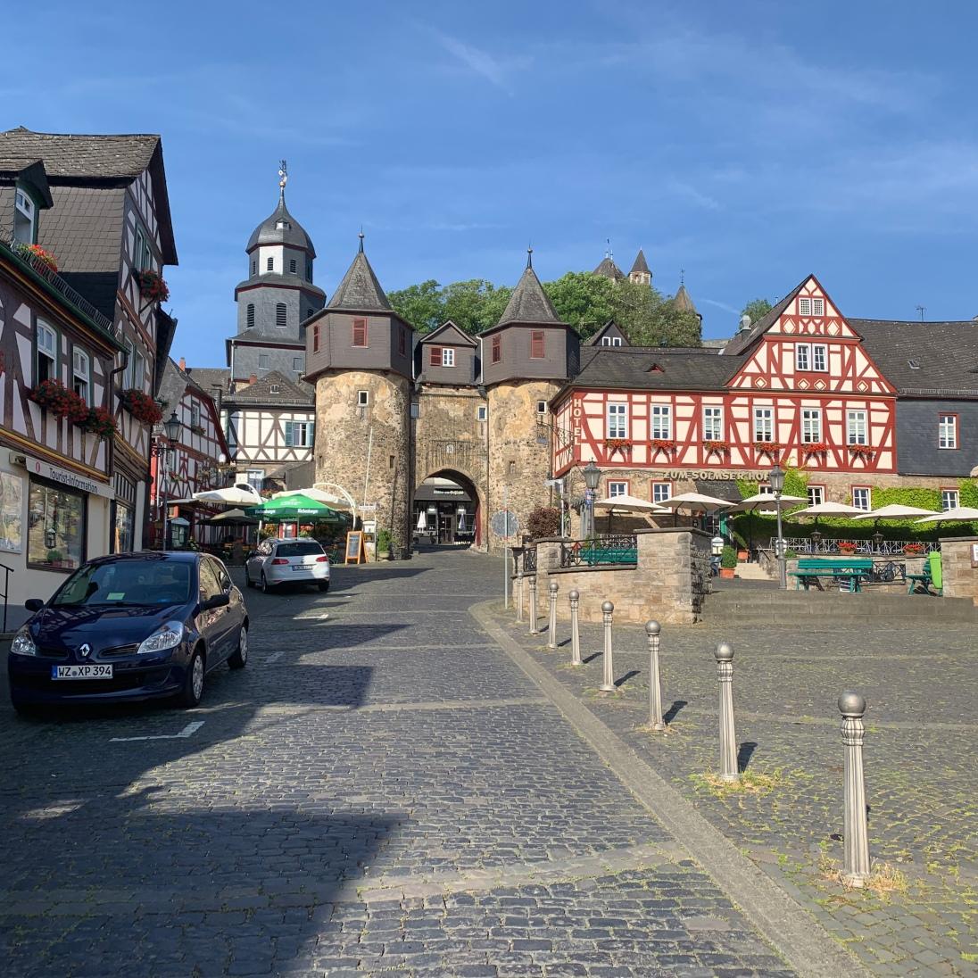 Braunfels - sitting 100m above the Lahn Valley